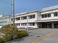 校舎に設置された横断幕